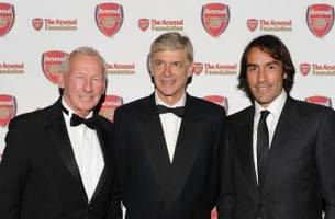 Former Arsenal goalkeeper Wilson treated for prostate cancer